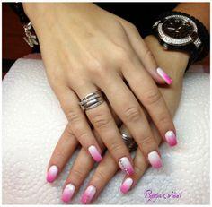#nails #ombrenails #pink #swarovski