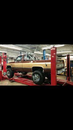 Fall guy 87 Chevy Truck, 6x6 Truck, Gm Trucks, Chevy Pickups, Lifted Trucks, Cool Trucks, Pickup Trucks, Cool Cars, Fall Guy Truck