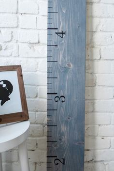 Many use wood growth charts for keeping track of their kids. I am using it to keep memories of all their friends who come over. A new way to use the wood growth chart. Rainbow Nursery Decor, Baby Nursery Decor, Baby Decor, Kids Decor, Decor Ideas, Gift Ideas, Boys Growth Chart, Growth Chart Wood, Growth Charts