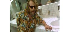 Le Film  L'Armée des 12 singes - La chemise hawaïenne dans la pop culture 10