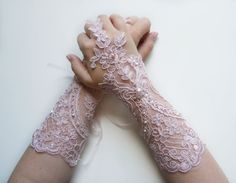 Wedding Gloves Bridal Powder Pink Gloves by WeddingWomen on Etsy Pink Gloves, Lace Gloves, Fingerless Gloves, Bride Gloves, Wedding Gloves, Bridal Lace, Bridal Style, Vintage Gloves, Powder Pink
