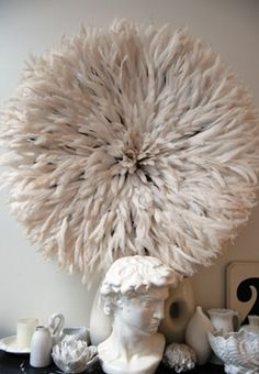 Feather crown - super decoration for your house @ Stock Interiors