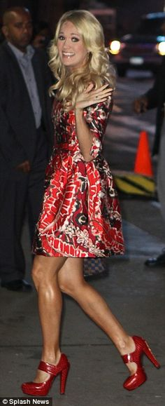 Carrie Underwood legs as she goes to the set of GMA