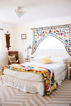 Home Tour With Andrea Duclos Of ohdeardrea | theglitterguide.com