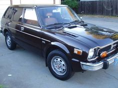 1977 Honda Civic CVCC Wagon. first car i ever owned.