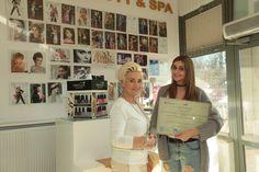 """iHanio wręczyła drugi certyfikat akcji """"HCV Jestem świadom"""". Zdobyło go studio Ekert Beauty & SPA w Warszawie (Rudnickiego 3A, lok. 5H)."""