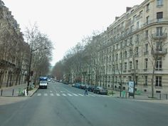 131 Av. de Suffren, Paris.