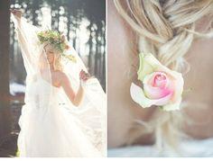 Stimmungsvolles Brautshooting mit Blumen-Haarkranz von Elena Engels