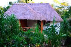 #ECOHOTELS #SWD #GREEN2STAY Chicanná Ecovillage Resort  Materiales regionales de nuestras instalaciones en Xpujil, Campeche. http://www.green2stay.com/mex-sth-america-eco-hotels