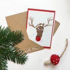Weihnachtskarte mit kleinem Fußabdruck - Rentier mit Wackelaugen // Ideen mit Fußabdrücken fürs ganze Jahr