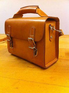 Handmade saddle leather camera / shoulder bag