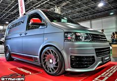 Custom Van on Gloss Graphite Vossen VLE-1