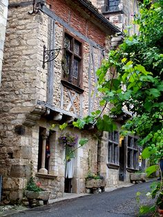 | ♕ |  La Belle Auberge in St-Cirq Lapopie  | by © christian caffin