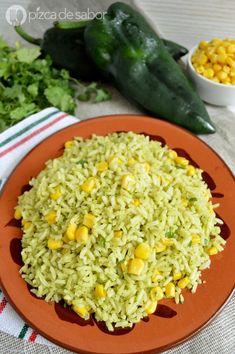 Delicioso arroz verde con chile poblano y elote para acompañar tus platillos favoritas. Este arroz poblano es fácil de preparar y muy rico, te va a encantar Mexican Dishes, Mexican Food Recipes, Soup Recipes, Vegetarian Recipes, Cooking Recipes, Healthy Recipes, Ethnic Recipes, Rice Recipes, Salad Recipes