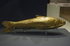 Gold fish shaped vessel. Image by - Nickmard Khoey, CC BY-SA 2.0