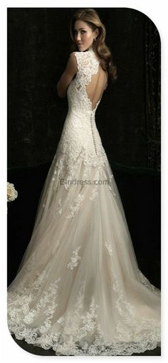 I saw this dress and just gasped... its perfect... and I now find myself comparing every dress I find to it