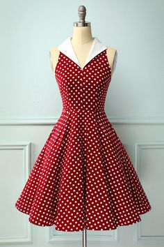 Vintage Style Burgundy Dress with White Polka Dots – Mod and Retro Clothing Vintage Dresses 50s, Retro Dress, Vintage Dress Patterns, 50s Vintage, Pretty Dresses, Beautiful Dresses, Rockabilly Style, Rockabilly Dresses, Rockabilly Fashion