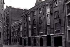 Photogaphed about 1990 Victorian London, Vintage London, Old London, London Docklands, Irish Catholic, East End London, Industrial Architecture, Old Photos, Exterior