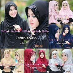 Jilbab Syar'i Zehra Model Jilbab Terbaru 2017 dengan dihiasi sequin di bagian kepala dan bahu kiri dan kanan. Aksen kerut pada bahu samping kiri dan kanan.