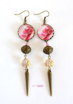 """Boucles d'oreilles à cabochon """"Rose Epanouie"""" finition bronze"""