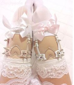 Cherry In The Eden Free Shipping Sweet heart leather rivet white garters $12.74 - 13.35