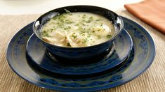 A friend of our family has one request when he comes to visit – he wants chicken and dumplings! It just has a certainje ne sais quoi and when you crave it, nothing else will