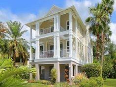 Luxurious Villa with Pool, Gourmet Kitchen & Wi-Fi!