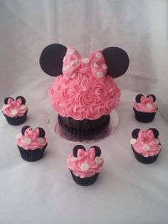 Pink Minnie Mouse Cake & Cupcakes                                                                                                                                                      More