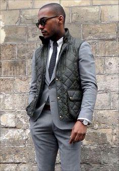 37 Best Men's Fashion Styles for Men Looks More Cool Mens Puffer Vest, Puffer Vest Outfit, Vest Outfits, Cool Outfits, Vest Men, Vest Jacket, Mens Fashion Blog, Best Mens Fashion, Men's Fashion