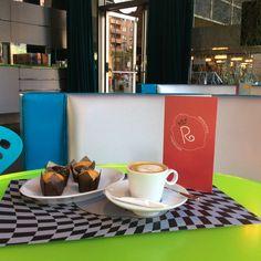 ¿Vas a ir al cine a Aragonia esta tarde? Completa tu plan merendando en Café de La Reina y ten una tarde de miércoles perfecta.