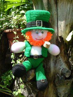 Se non avete la fortuna di trascorrere il St. Patrick's day a Dublino, consolatevi con noi di #conlemani, il mitico leprechaun irlandese, vi porterà fortuna! #negoziovirtuale
