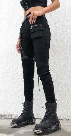 Punk sweatpants with leg harness fashion pants sweatpants alternative grunge get the shorts for 13 at zara wheretoget Girls Winter Fashion, Black Girl Fashion, Fall Fashion Outfits, Punk Fashion, Grunge Fashion, Fashion Pants, Fashion Casual, Latex Fashion, Street Fashion
