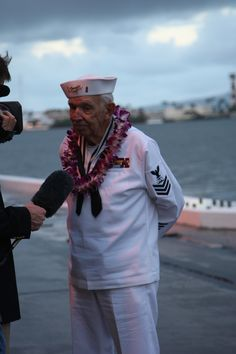 USS Oklahoma survivor George Smith at the 2007 Pearl Harbor observance