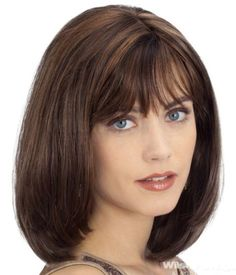 Medium Length Hairstyles for Round Faces With Bangs