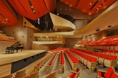 LTVs, Roberto Cantoral Hall, Bruissin Architects