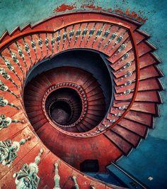 Escalier en Spirale: Des marches en bois pour celui-là