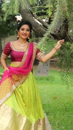 Half Saree Designs, Lehenga Designs, Blouse Designs, Indian Blouse, Dress Indian Style, 10 Most Beautiful Women, Beautiful Models, Punjabi Bride, Elegant Saree