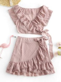 A site with wide selection of trendy fashion style women's clothing, especially swimwear in all kinds which costs at an affordable price. Cute Skirt Outfits, Cute Skirts, Girly Outfits, Cute Casual Outfits, Cute Dresses, Casual Dresses, Summer Outfits, Teen Dresses, Midi Dresses