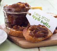 I hate food waste, so I love recipes like this Tangy Spiced Apple Butter, which… Easy Eat, Quick Easy Meals, Berry Compote, Probiotic Foods, Apple Desserts, Spiced Apples, Moist Cakes, Apple Butter, Butter Recipe