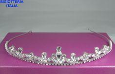 Diadema per sposa placcato argento impreziosito da cristalli Swarovski.