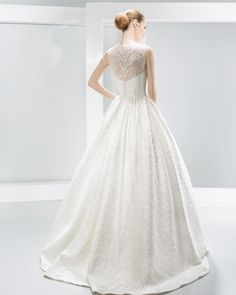 #6022 Nanda Devi Collection -  2016  Vestidos de novia - Jesús Peiró  Wedding…