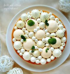 Sweets Catalog, Cute Food, Yummy Food, Meringue Icing, Arts Bakery, Guinness Cake, Soft Sugar Cookies, Sweet Pastries, Just Cakes