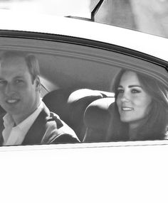 4/17/14 William & Kate arrive in the Blue Mountains of Australia to visit bushfire affected streets.