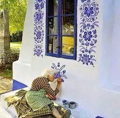 [New] The 10 Best Art Today (with Pictures) - lady Agnes Kašpárková delicately paints traditional Moravian ornament . Check out these pages: . No Copyright Infringement IntendedEmail (contact) us to fix/removal House Painting, Woman Painting, Faux Painting, Surface Design, Wall Murals, Wall Art, Wall Decor, Street Art, Art Gallery