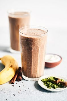 How To Switch Eggs In Vegan Baking - Oat and Smoothie Healthy Morning Smoothies, Breakfast Smoothies, Fruit Smoothies, Healthy Drinks, Smoothie Recipes, Lemonchello Drinks, Disaronno Drinks, Fruit Diet, Fruit Fruit