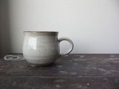 gray pottery mug