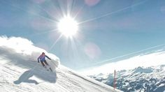 A perfect day in Lenzerheide and a photo this good deserves Epic skier of the day. #lenzerheide #ski #switzerland