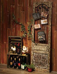 雰囲気のあるバロックウッドヴォレー。料理写真やおすすめメニューを飾って。[ストアエキスプレス]