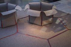 Contenedor y alfombra de Claudia Traverso y Philippe Deroy