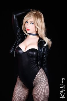 Black Canary cosplay 02 by Kitty-Honey.deviantart.com on @DeviantArt - More at https://pinterest.com/supergirlsart #blackcanary #dc #cosplay #girl